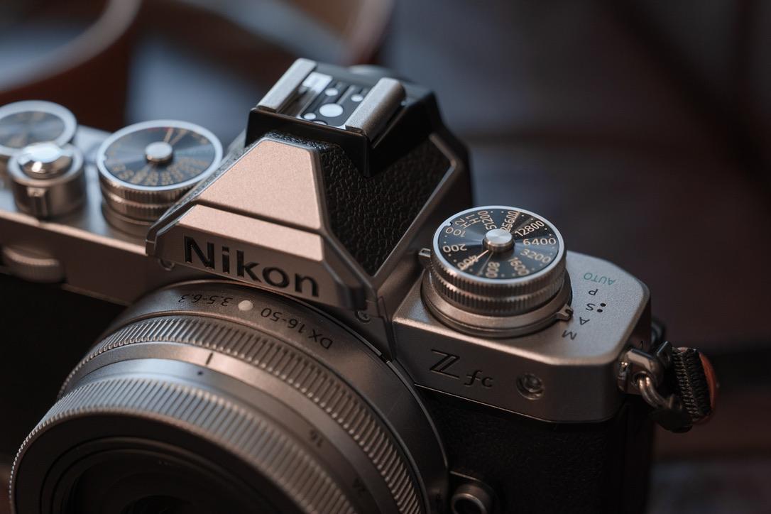 人のカメラを写して、こんなに興奮したのは初めてです。。