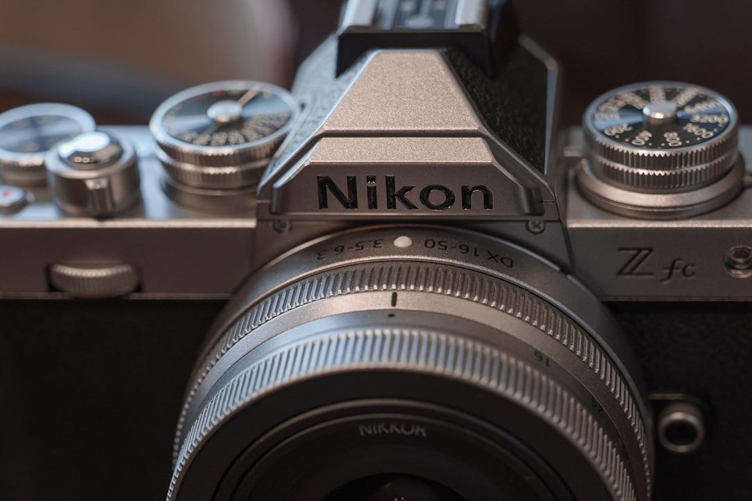 この大きさで、換算24mm〜75mmまでカバーするのは素晴らしい。しかも写りも良いでござる。