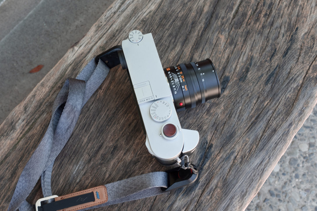 Leica M10-R + Leica Summicron50mmF2を出先でパチリ。
