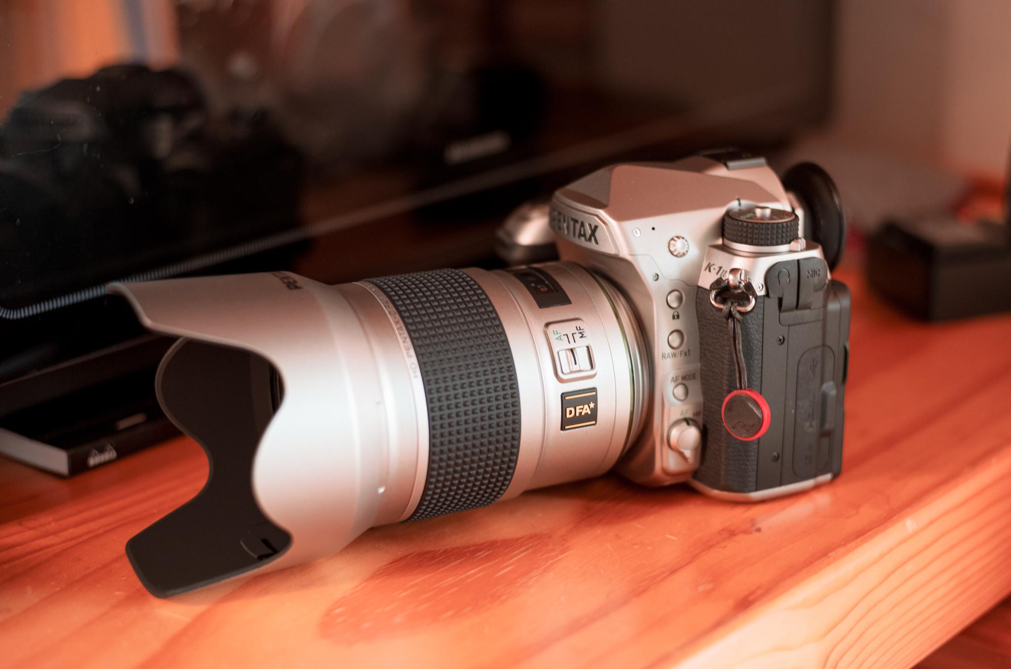 やっぱりシルバーのカメラには、シルバーのレンズがよく似合う。